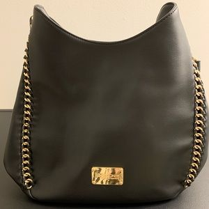 NWT — Bebe bag with chain accents in black